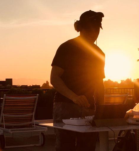 rooftop DJ